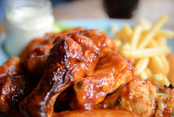 Chicken Wings & Fries